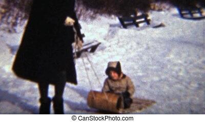 (1942), meisje, haar, sledding, mamma