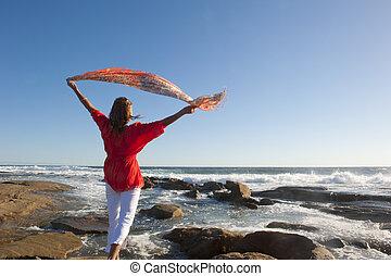 actieve pensionering, vrouw, oceaan
