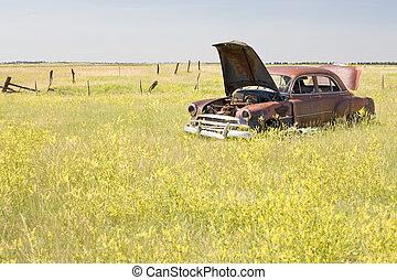 akker, verlatenene auto