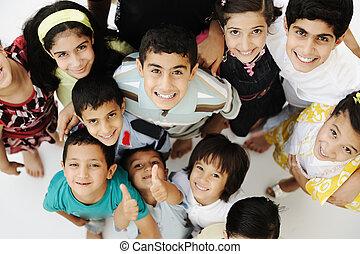 anders, groep, menigte, wedloop, leeftijden, groot, kinderen, vrolijke