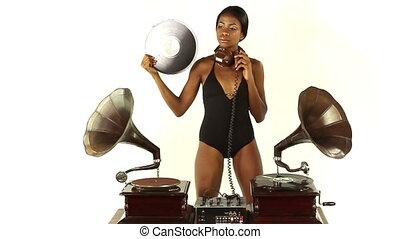 antieke , djs, vrouw, klem, gramophones., jonge, twee, concept, retro, gebruik, quirky, sexy, koel