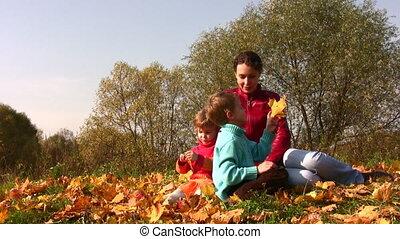 autumn leaves, moeder, kinderen, zetten