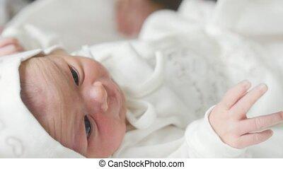 baby, geboren, ziekenhuis, moederschap, nieuw