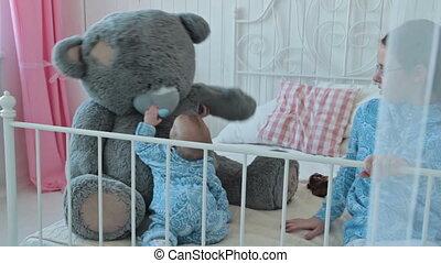 baby, groot, spelend, beer, teddy