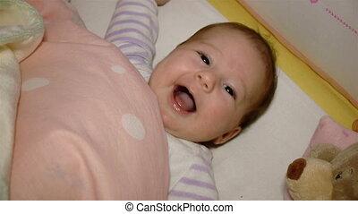 baby, het glimlachen, wiegje