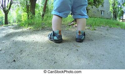 baby jongen, leren, wandeling