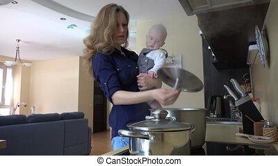 baby, mamma, keuken