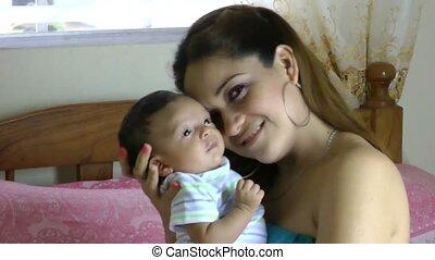 baby, moeder, thuis, pasgeboren