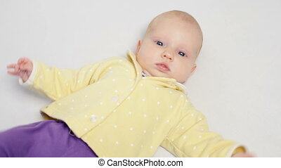 baby, schattig, weinig; niet zo(veel), verhuizing