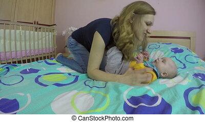 baby, toneelstuk, mamma, bed