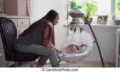 baby, vrolijke , wiegen, wiegje, moeder