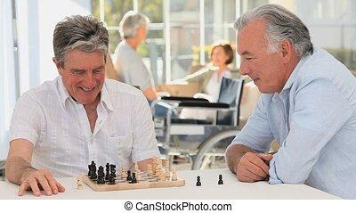 bejaarden, schaakspel, spelend, mannen