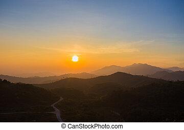 berg, zonopkomst