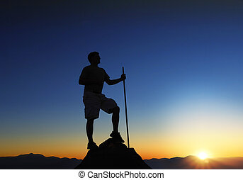 bergtop, zonopkomst