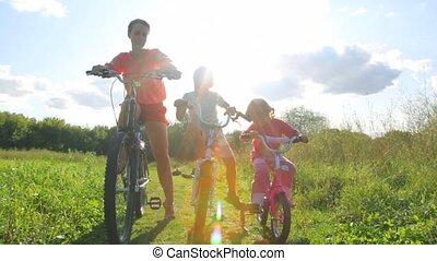 bicycles, zit, park, gezin