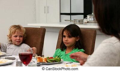 biddend, gedurende, schattig, gezin, etentje