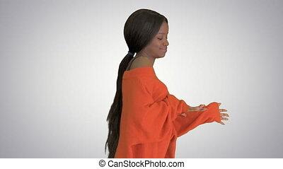 black , dancing, mooi, helling, vrouw glimlachen, plezier, hebben, achtergrond.