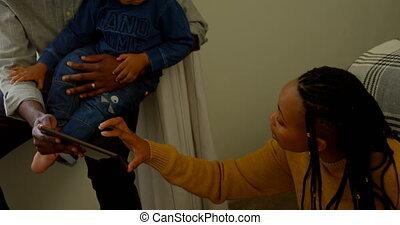 black , thuis, digitale , comfortabel, aanzicht, gebruik, tablet, 4k, voorkant, gezin, jonge