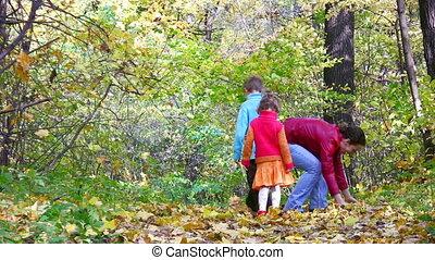 bladeren, moeder, werpen, kinderen