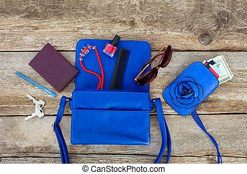 blauwe , spullen, bovenzijde, dame, accessoires, vrouwen, schoonheidsmiddelen, purse., geld, overzicht., handbag., open, vellen, uit