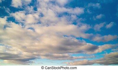 blauwe , zwevend, hemel, wolken, timelapse, of, vliegen, witte