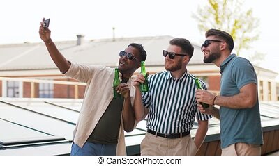 boeiend, bier, selfie, mannen, drinkt, smartphone