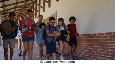 boekjes , groep, geitjes, school, gang, wandelende