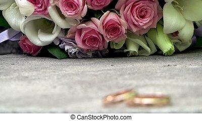 bouquetten, ringen, trouwfeest