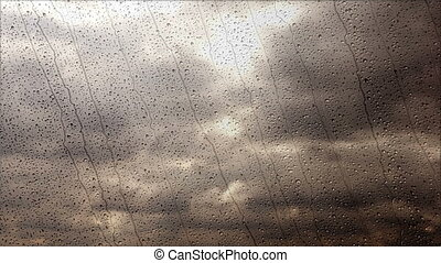 breed, regenachtig, wolken, vliegen, vasten, door, storm, venster, hoek, aanzicht