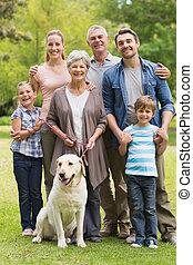 breidde uit, park, aanhalen, hun, familie hond