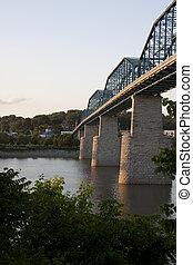 brug, straat, okkernoot