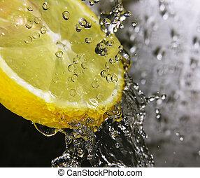 citroen, bezig met vernieuwen