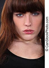 close-up, brunette, bezorgd, het kijken, aantrekkelijk, verticaal