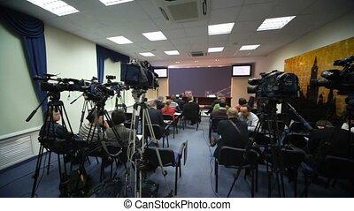 conferentie, drukpers kamer, journalisten, wachten