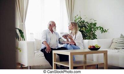 controleren, bezoeker, druk, gezondheid, bloed, stethoscope, senior, home., man