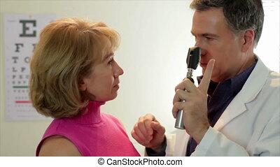 controleren, oogarts, zijn, patiënt
