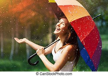 controleren, vrouw, paraplu, lachen, regen
