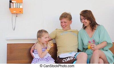 cruiseschip, zittende , gezin, dek