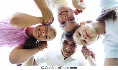dan, weinig; niet zo(veel), gezin, houdt, meiden, twee, disperses, handen