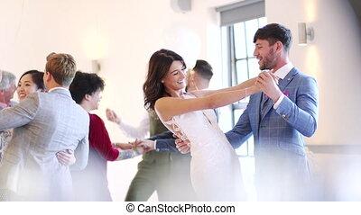 dans, ons, eerst, trouwfeest