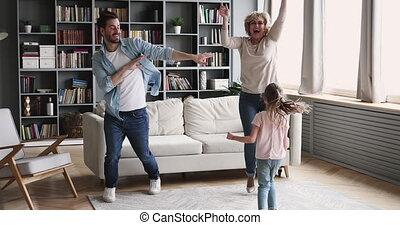 dans, vrolijke , plezier, gezin, multigenerational, samen, levend, hebben, kamer