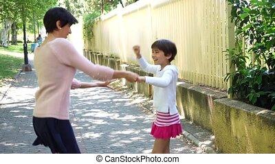 dochter, haar, dancing, moeder, samen, kind, meisje, spelend