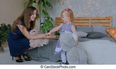 dochter, haar, jonge, moeder, baby, thuis, spelend, togerher