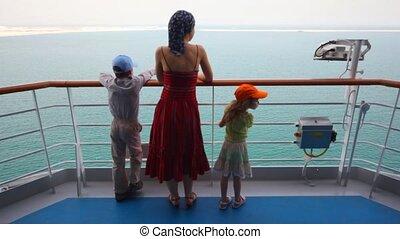 dochter, stalletjes, dek, moeder, zoon, cruiseschip