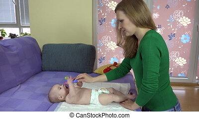dochter, toy., pasgeboren, 4k, legs., moeder, baby, oefening