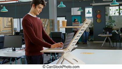 draagbare computer, gebruik, uitvoerend, 4k, kantoor