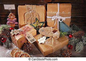 eco, papier, verpakte, kerstmis stelt voor