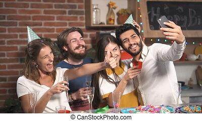 feestje, selfie, vrienden, nemen