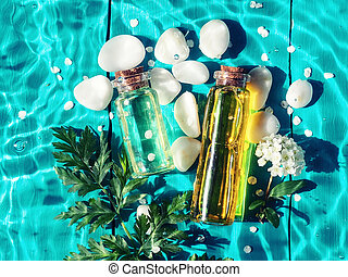 fles, verdoezelen, blauwe , achtergrond., moisturizing, transparant, zonlicht, water, olie, schoonheidsmiddel, schoonmaken, bloemen, golven, zomer