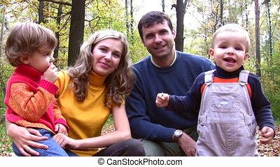 four., gezin, gezichten